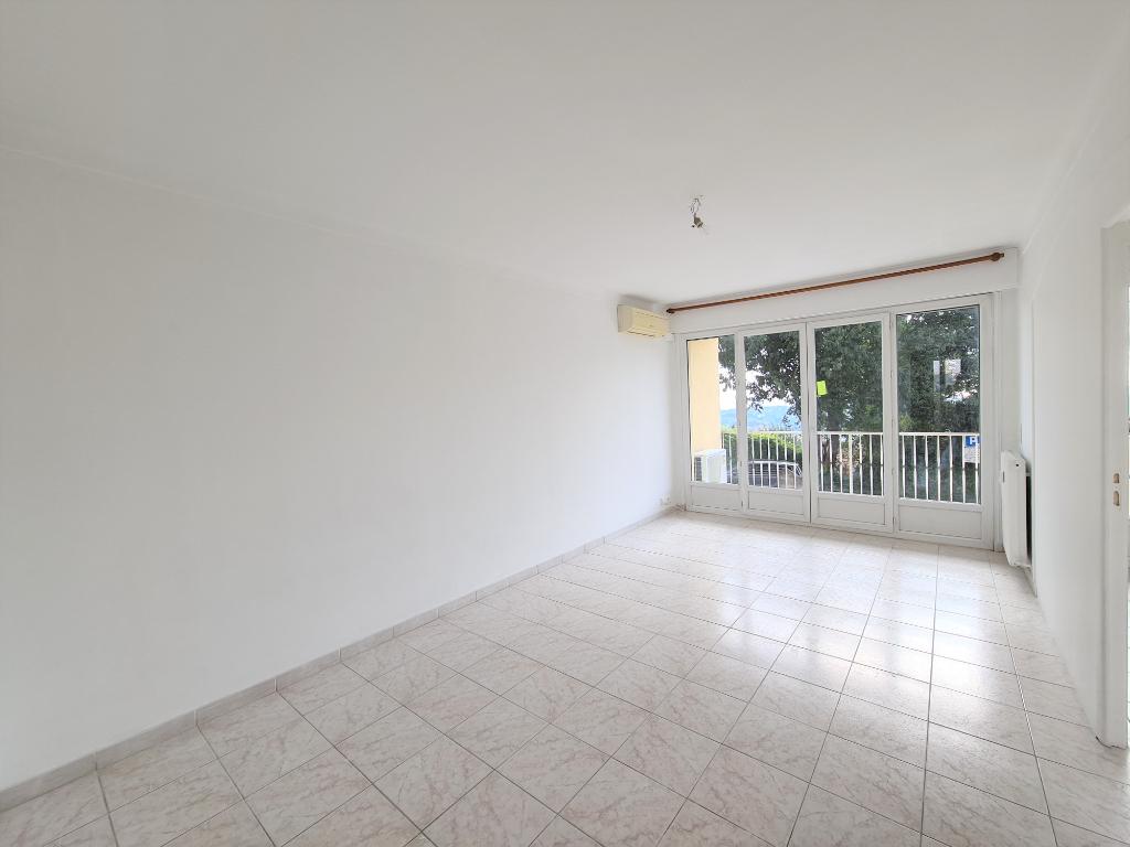 Appartement Grasse 3 pièce(s) 63.04 m2
